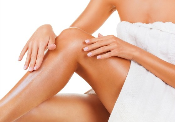 shaving-tips-for-smooth-legs-558x390